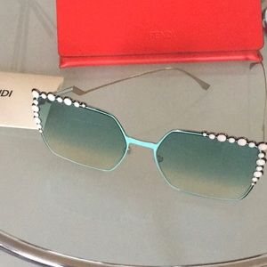 Fendi sunglasses new with box
